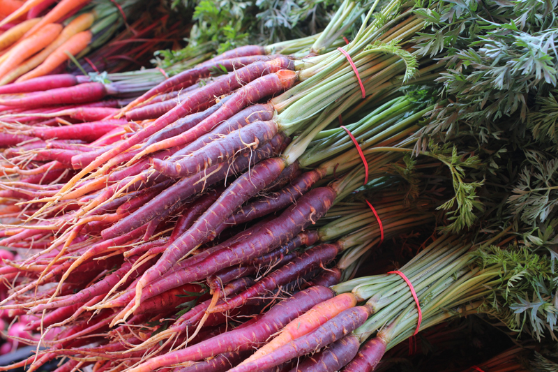 how to eat purple carrots