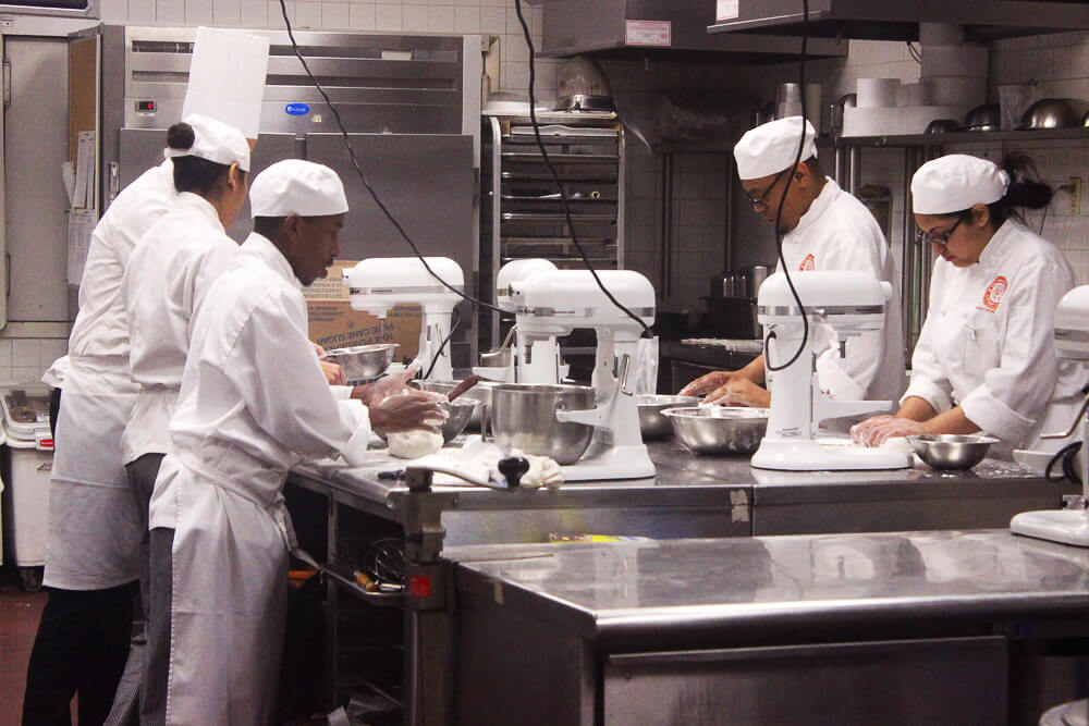 pastry students at ICC