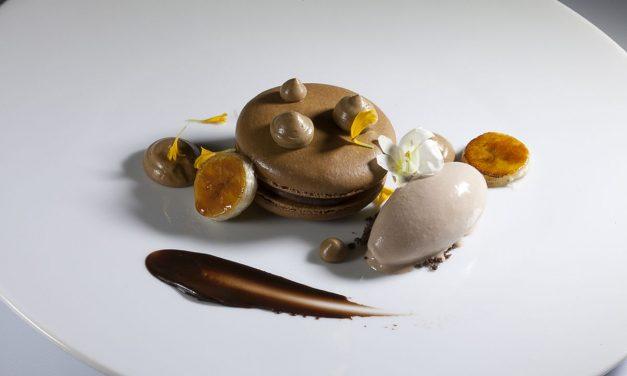 Coffee Macaron with Coffee Cream and Milk Chocolate Ice Cream by Antonio Bachour. Photo by Battman. Bachour Simply Beautiful eBook, 2017