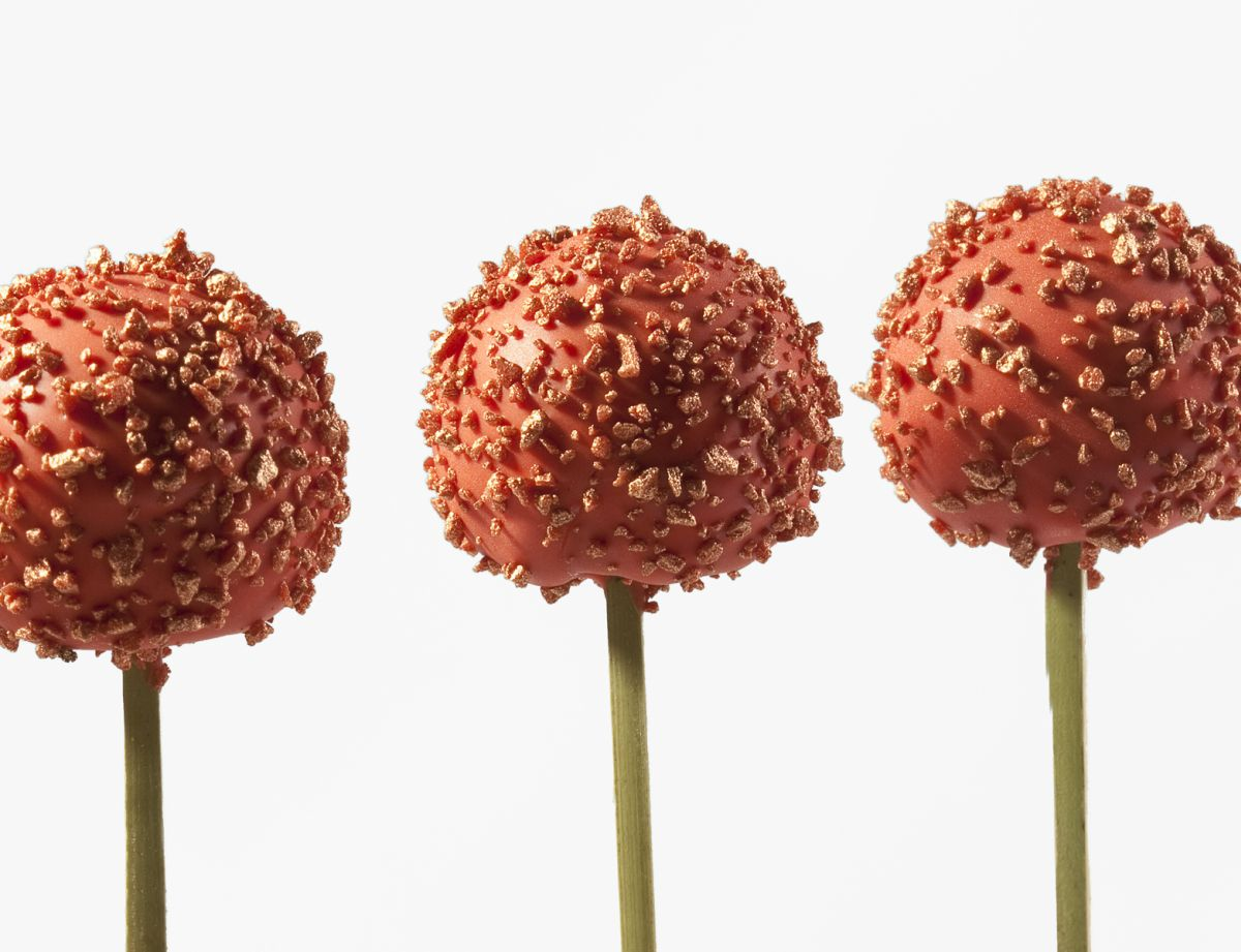 Strawberry Chocolate Lollipops by Antonio Bachour. Photo by Battman.