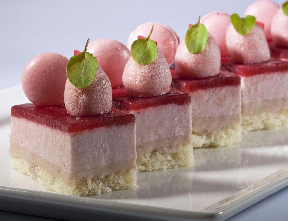 Strawberry mousse cake by Antonio Bachour. Photo by Battman.