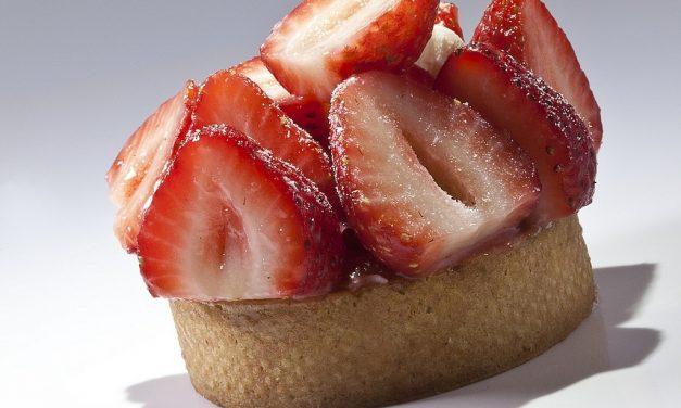 Strawberry Tart, Bachour the Baker. Photo by Battman.
