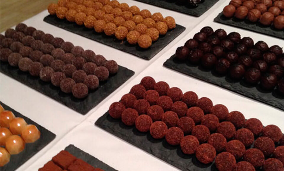 It S That Time Of Year Again When The 92nd Street Y Celebrates All Things Chocolate At Fest 2018 This With Bon Bons Shots